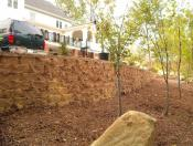 Retaining wall using Anchor Diamond Pro block